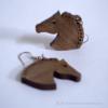 Kép 1/3 - Gyöngysörényes ló fülbevaló