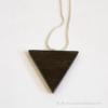 Kép 4/6 - Ében háromszög nyaklánc