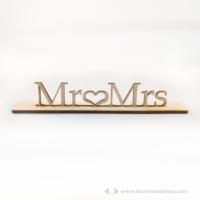Mr és Mrs álló felirat