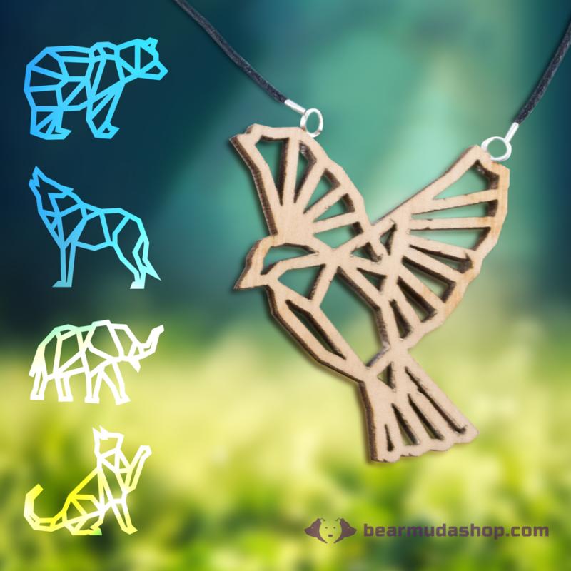 Geometrikus állatos nyakláncok, több színben
