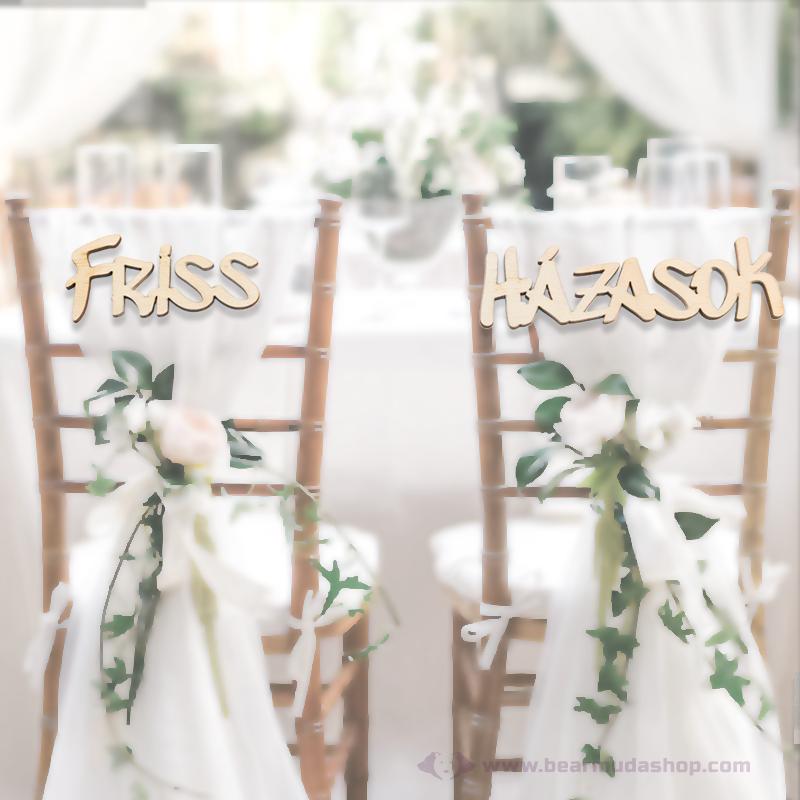 Friss házasok székre köthető feliratok, több színben